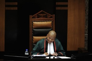FILE PICTURE: Chief Justice Mogoeng Mogoeng addresses members of parliament in the national assembly during the first sitting of the 5th democratic parliament in Cape Town, 21 May 2014. Picture: Refilwe Modise