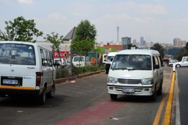 FILE PICTURE: Taxis use the Rea Vaya Lanes for parking to pick up passengers on Empire Road, Johannesburg, 13 October 2013. Picture: Tracy Lee Stark