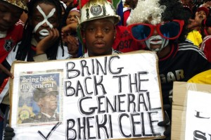 FILE PICTURE: Mourners call for the reinstatement of the country's former police chief Bheki Cele as they gather at the Moses Mabhida Stadium in Durban on Saturday, 1 November 2014 for the funeral of slain Bafana Bafana captain Senzo Meyiwa. Picture: Giordano Stolley/SAPA